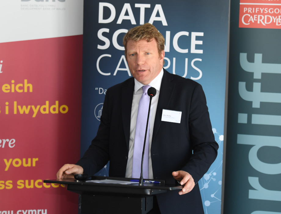 Economic Intelligence Wales reports early effects of pandemic on Welsh Businesses